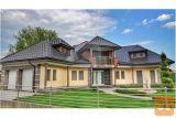 Oddamo Moderno In Kvalitetno Hišo Z Bazenom