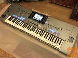 Yamaha Tyros5 76-ključ aranžer Workstation