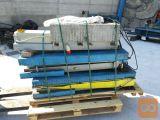 Škarjasto avtodvigalo Ravaglioli, nosilnost 3000 kg