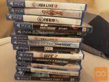 Playstation 4 PRO plus 15 iger še eno leto garancije