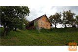 Večji Kmetijski Objekt Na Prečudoviti Lokaciji
