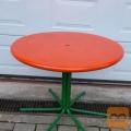 Vrtna kovinska miza, 70 eur